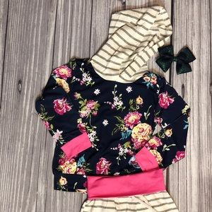 Two piece baby girl floral outfit